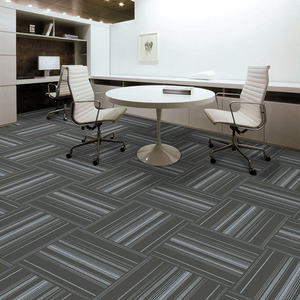 Waterproof 100% Polypropylene Stripe Carpet Tiles 50x50 With Pvc Backing For Living Room Rest Rest Room