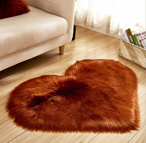 Classic Soft Faux Sheepskin Fur Cover Couch Stool Seat Floor Cushion Shaggy Area Rugs for Bedroom Sofa Floor Fur Rug Heart
