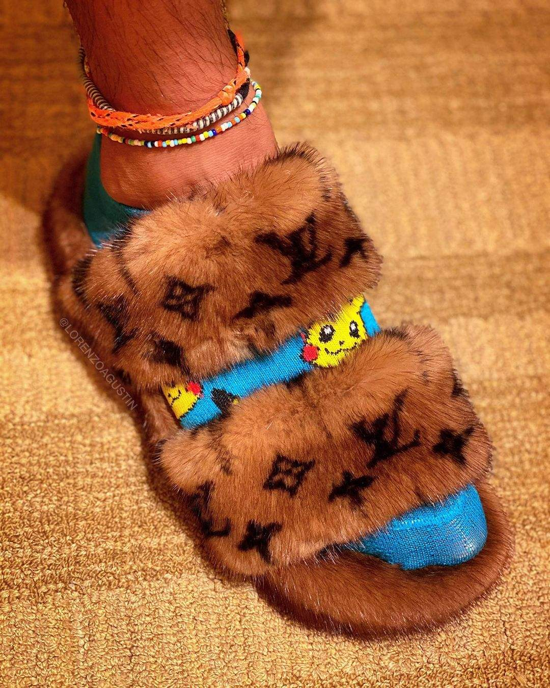 European Station Real Fur Mink Shoes Ladies Fur Slides Flat Heel Slippers For Women