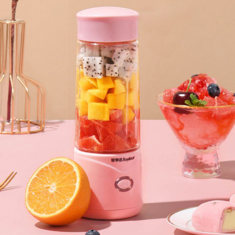 2020 Royalstar factory Customized Usb Rechargeable portable electric juicer blender