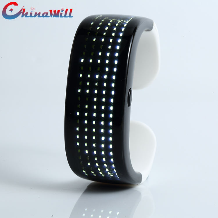 2020 neueste Mode Led Armband Angepasst Magie 9 Muster Glow Scrollen Smart Display Armband Party Licht Up Armband
