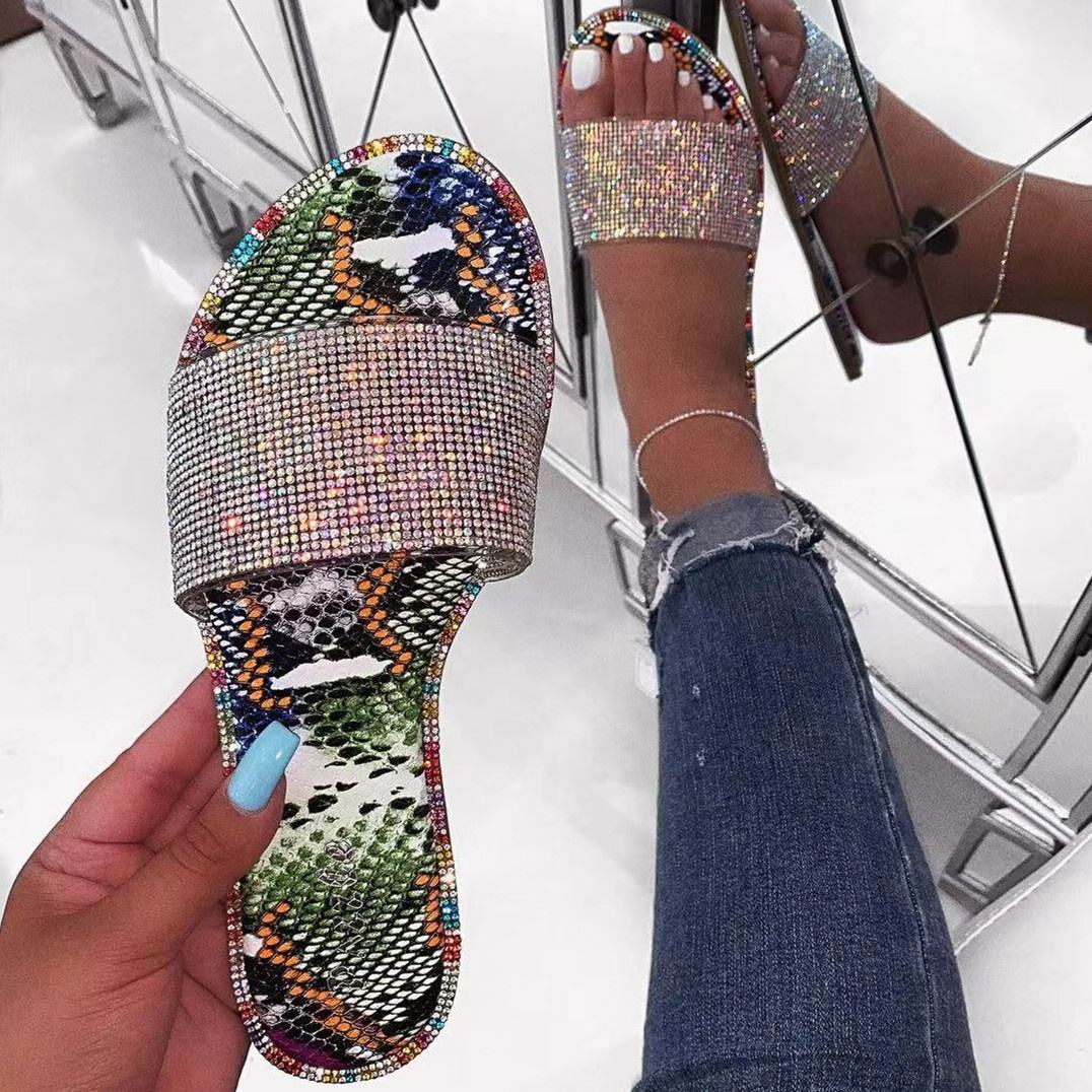 Amazon WISH Summer Beach Hot Sale Shiny Slippers with Diamond Rhinestone Sandals for Women and Ladies
