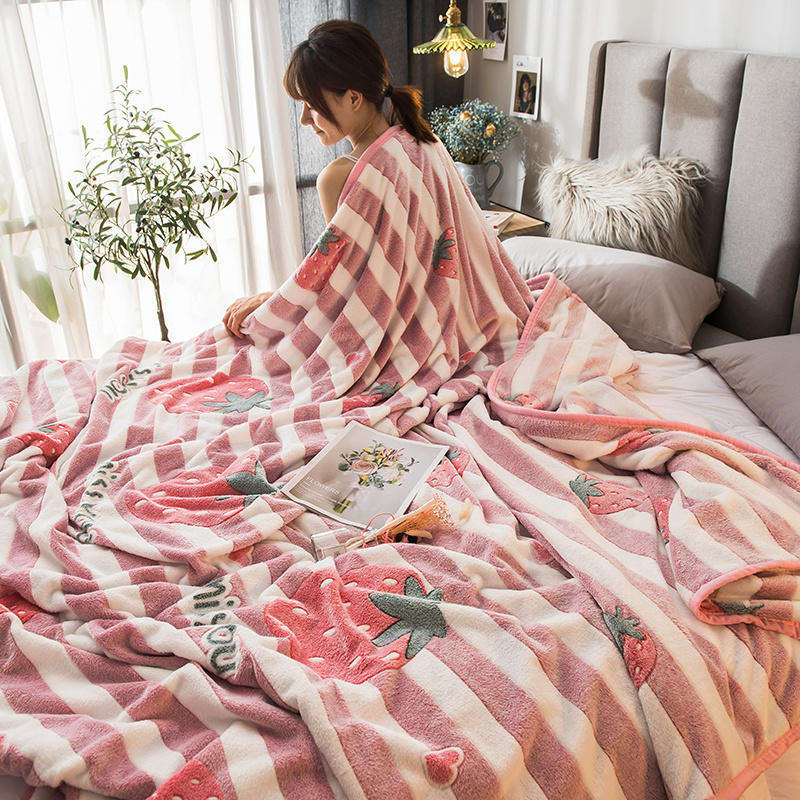 Ready To Ship Wholesale Soft Manta Sherpa Summer Comfort Blankets