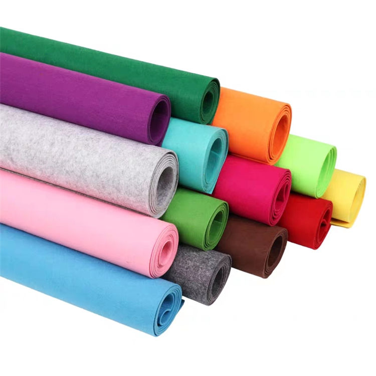 Colorful Spunlace 1 to 9 mm Thickness Non woven Fabric Polyester Spunbond Felt Roll