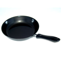 Japan Hot Sale IH Compatible Small Authentic Cast Iron Iron Fry Pan