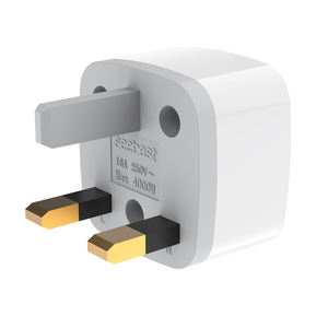 Universal Travel Adaptor dengan UK Plug Socket 100-250V Adaptor Steker