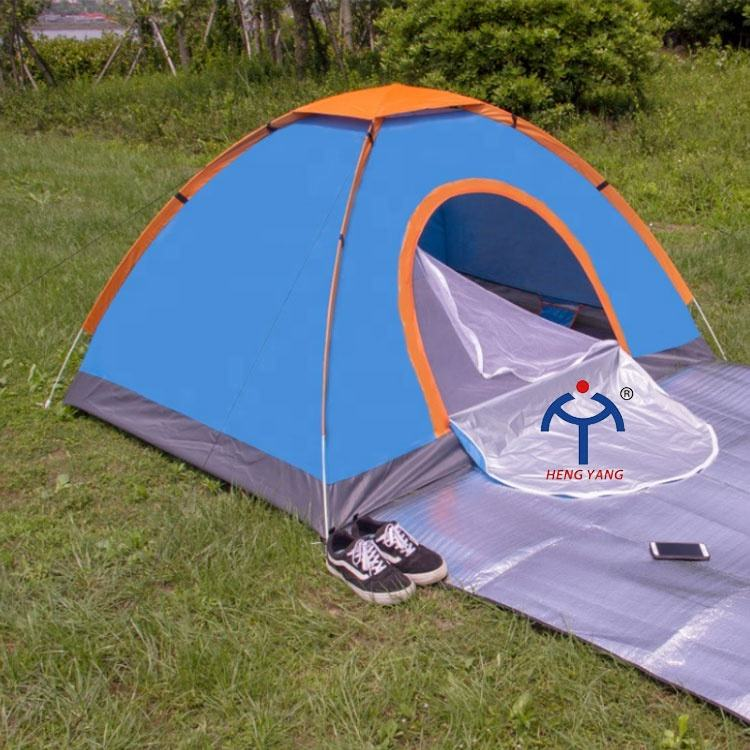 Factory fast delivery 1-2 person pop up outdoor camping tents with skylight