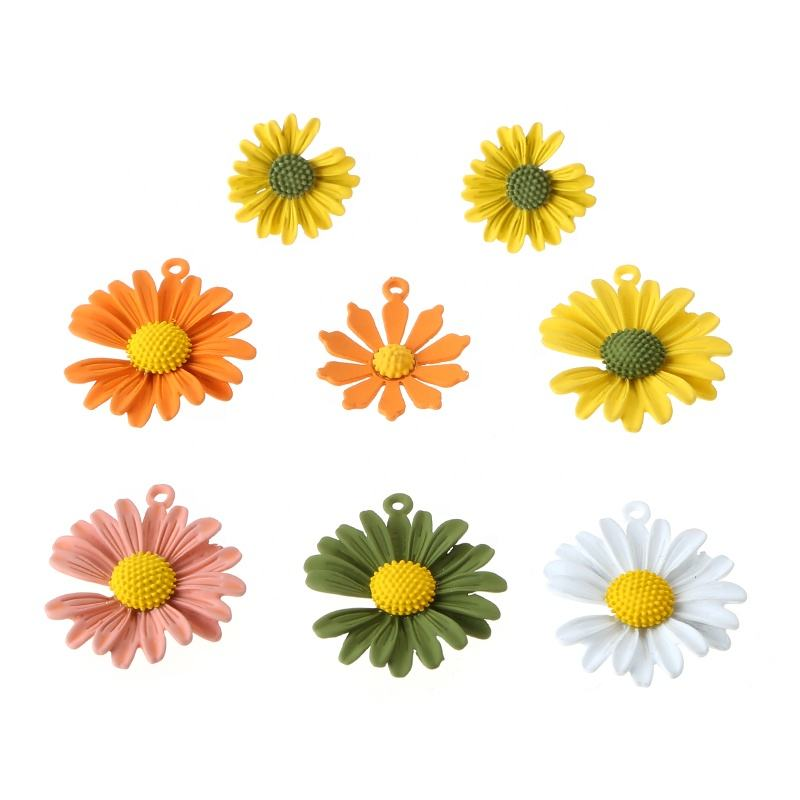 Fashion Summer Jewelry Accessory Custom Daisy Flower Charm Pendant For DIY Jewelry Making