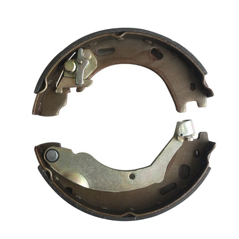 Auto Brake shoe for Land Rover Discovery 3 SFS500012