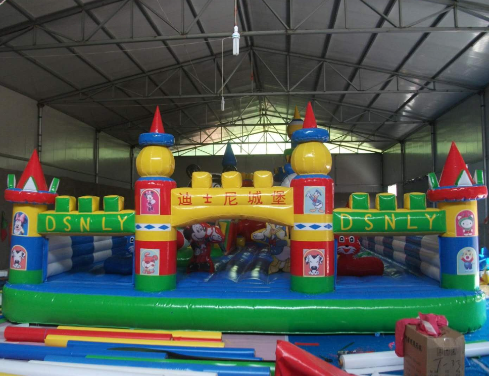 Inflatable children castle Customized pvc inflatable trampoline