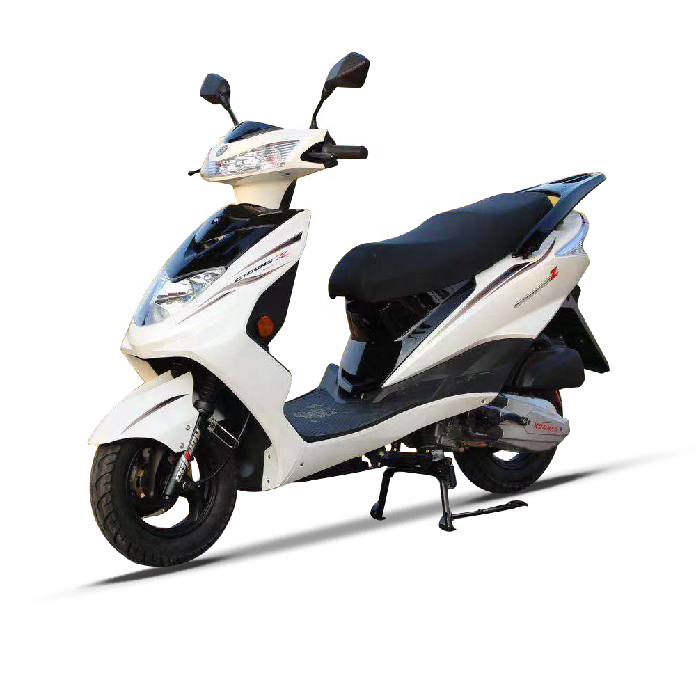 Most Popular 2 Wheels Modern 110CC 150CC Powered Motor Scooter With Gas