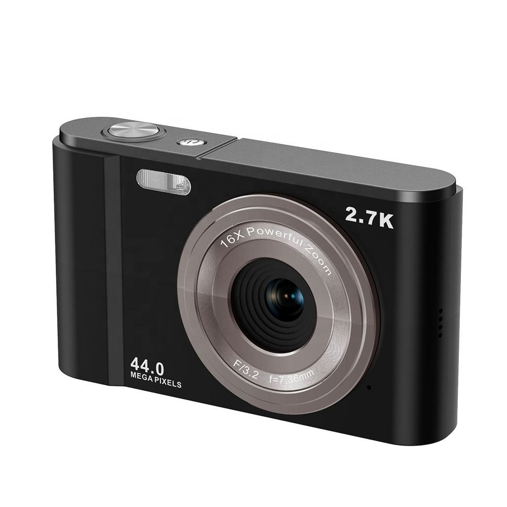 CMOS sensor point and shoot digital camera with 2.88 inch screen up to 44MP