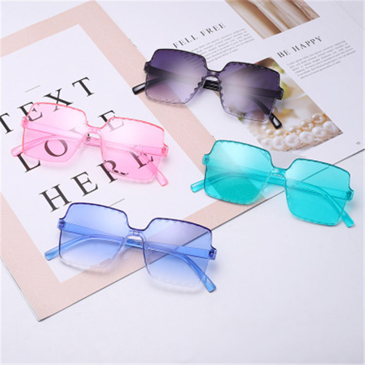 2020 Made In China Fashion Boys Girls Funny Wholesale Sunglasses Uv400 Glasses Frame Kids Vendor