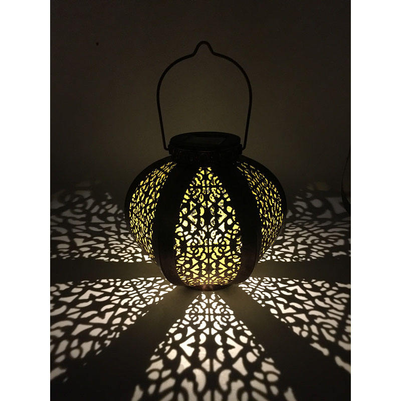 Garden Decoration Moroccan Style Hand-Held Hanging Metal Lantern Solar Lamp For Outdoor