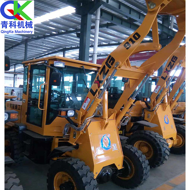 QK910 Mini Wheel Backhoe Loader With CE ISO Bulk material handling truck loader pushes the soil and scrapes the ground