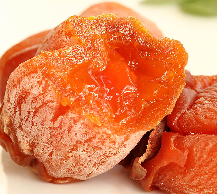 Delicately Sweet Healthy Dried Persimmon Snacks