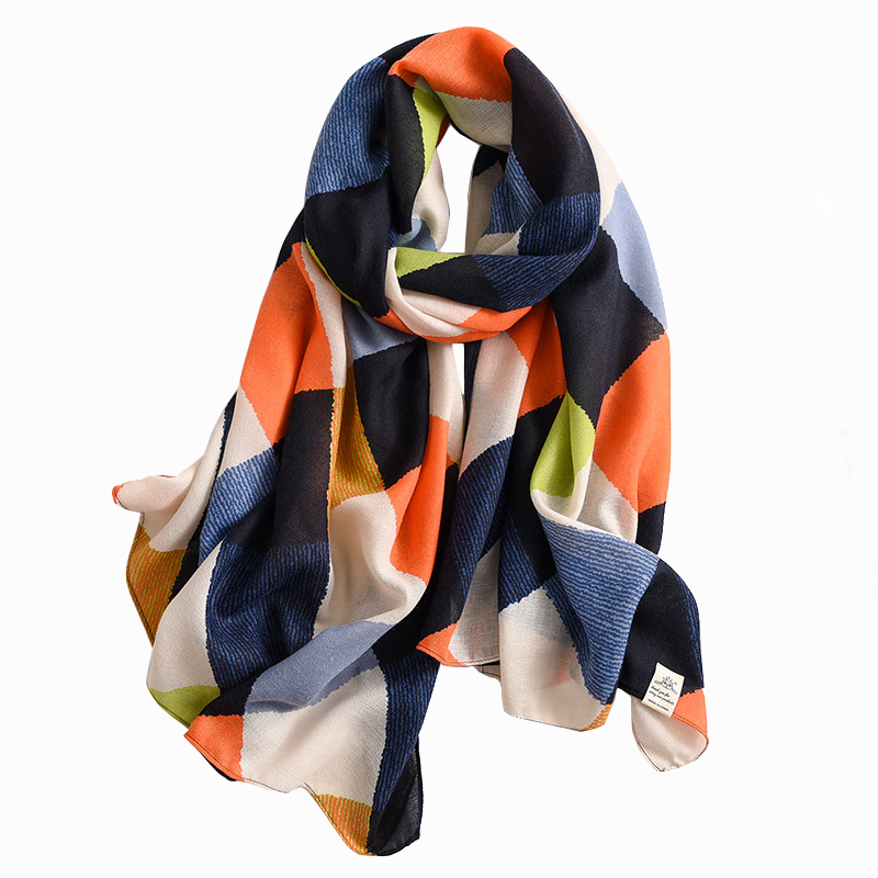 Wholesale 2020 latest low price print hijab colorful printed soft cotton women scarf plaid stripe