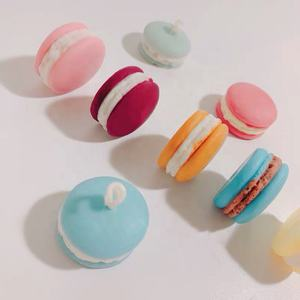Wholesale Customized Decorative Handmade Shaped Macaron Cake Soy Wax Scented Candle
