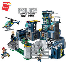 Qman construction plastic bricks police station direct deformation 2 in 1 police car toy compatible legoing