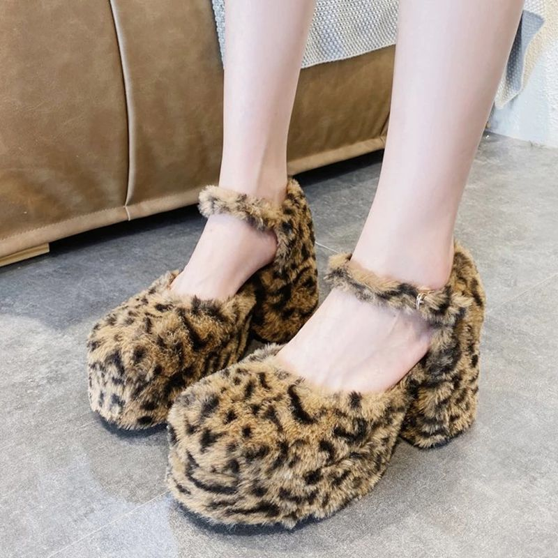 Sexy Fur Leopard Platform Pumps Women 2020 Autumn New Ladies Buckle High Heels Pumps Fashion Furry Round Toe Lolita Shoes 8 Cm