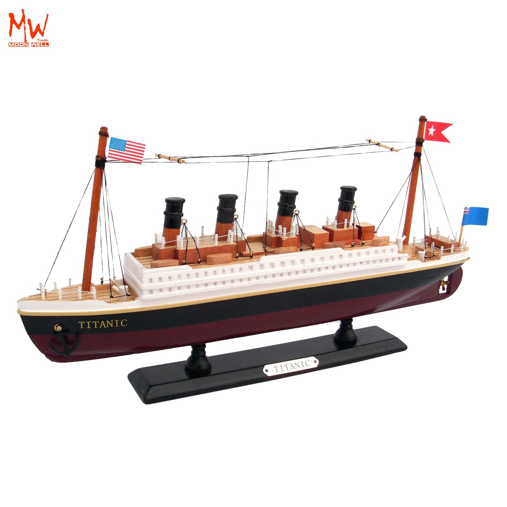 Wooden handcrafted RMS Titanic Cruise Ship model HOME AND OFFICE DECORATION 35cm 14'' Hampton Nautical RMS Titanic Cruise Ship