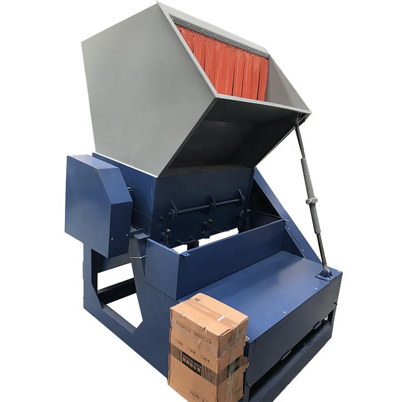 Small mobile wood crusher / sawdust wood crusher / wood timber crusher with low price