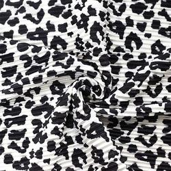 Factory Wholesale 100% Polyester Cow Leopard Printed Pleated Fabric For Garment