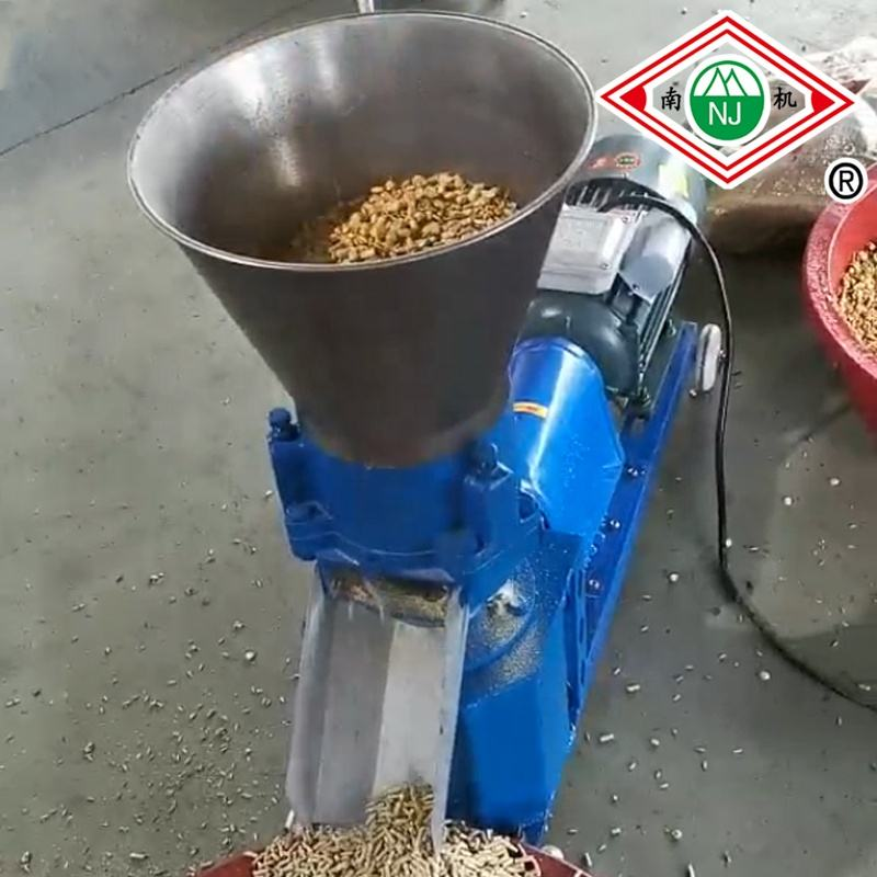 reliable hot sale Chicken duck pig and cattle livestock feed machine Poultry feed pellet making machine