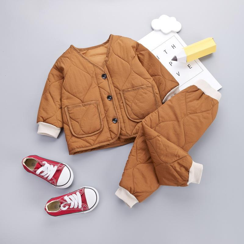 Children comfortable winter cotton-padded suit