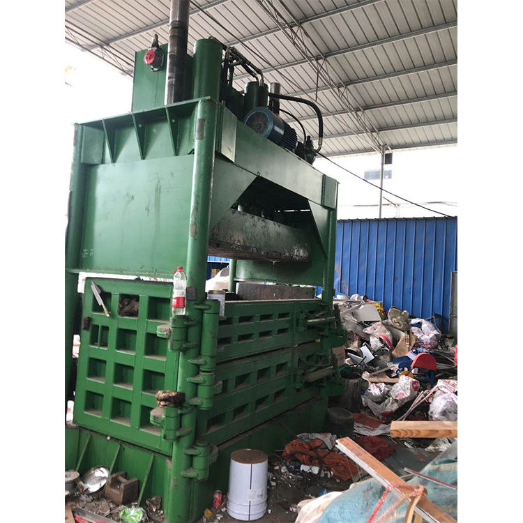 Hydraulic vertical plastic scrap baler /pet bottle baling machine