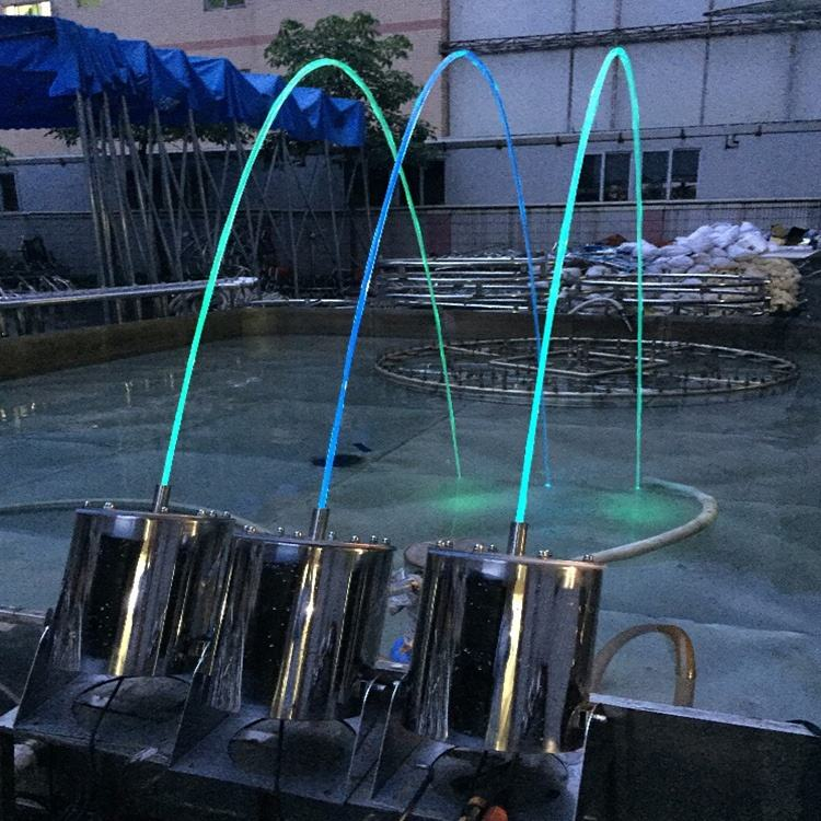 Adjustable Straight Laminar Water Jet Pool Fountain Heads Music Dancing Water Flow Fountain