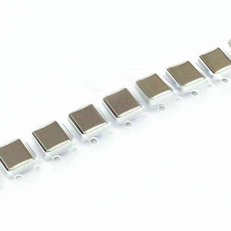 0402 métrica 100 PF C ± 1/% Condensador Cerámica Multicapa Smd 10 X 1005 16 V