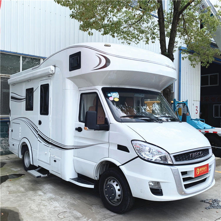 High Quality IVECO 6 Wheels Mobile Motorhome Caravan RV Camper Car For Sale