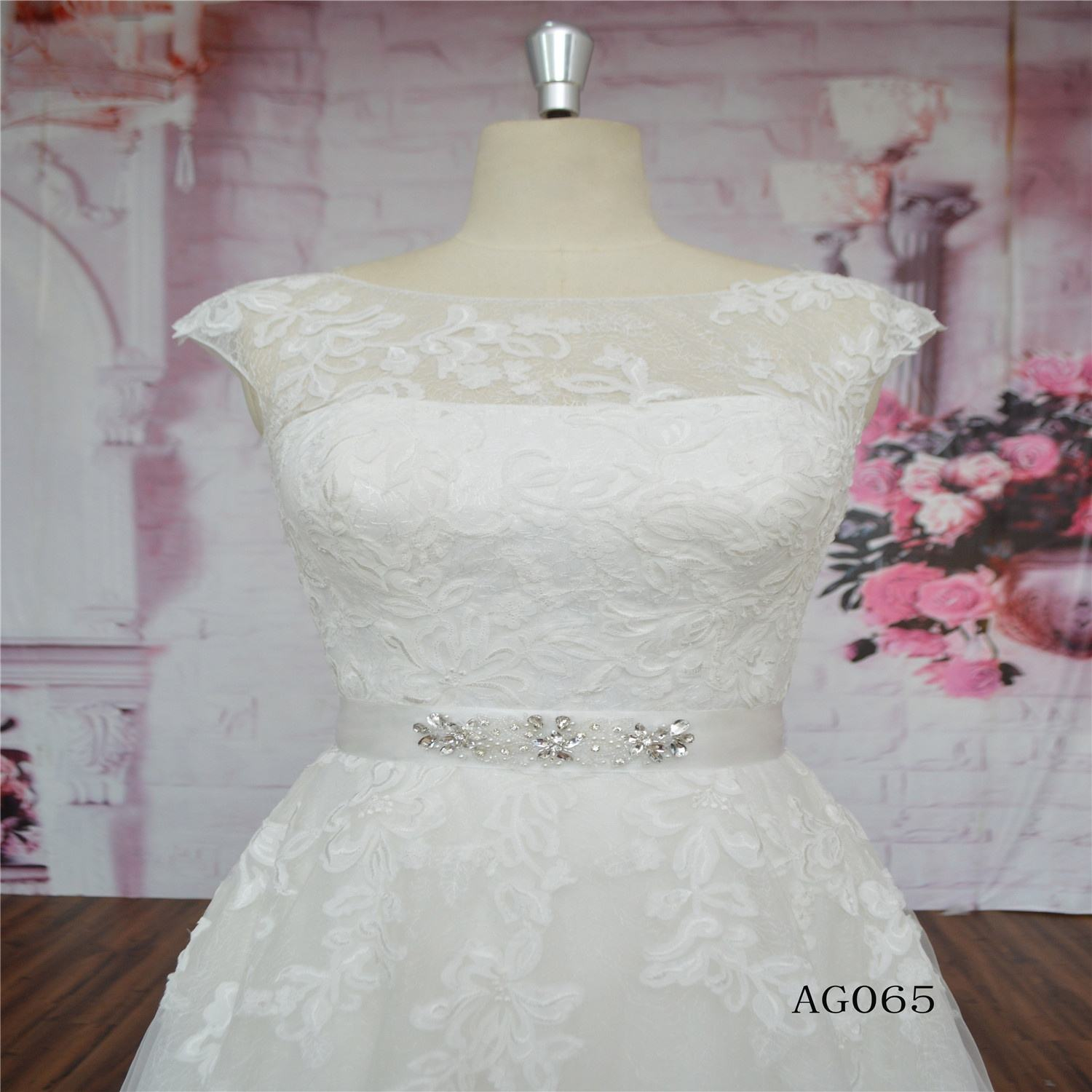 Lace A-Line wedding dress bridal dress beading on stock with belt