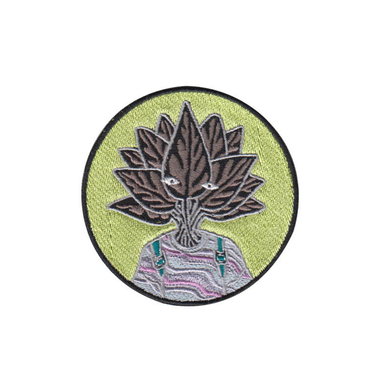 Good quality custom design cotton handmade 100% embroidery patch heat press round cartoon embroideried machine badges for jacket