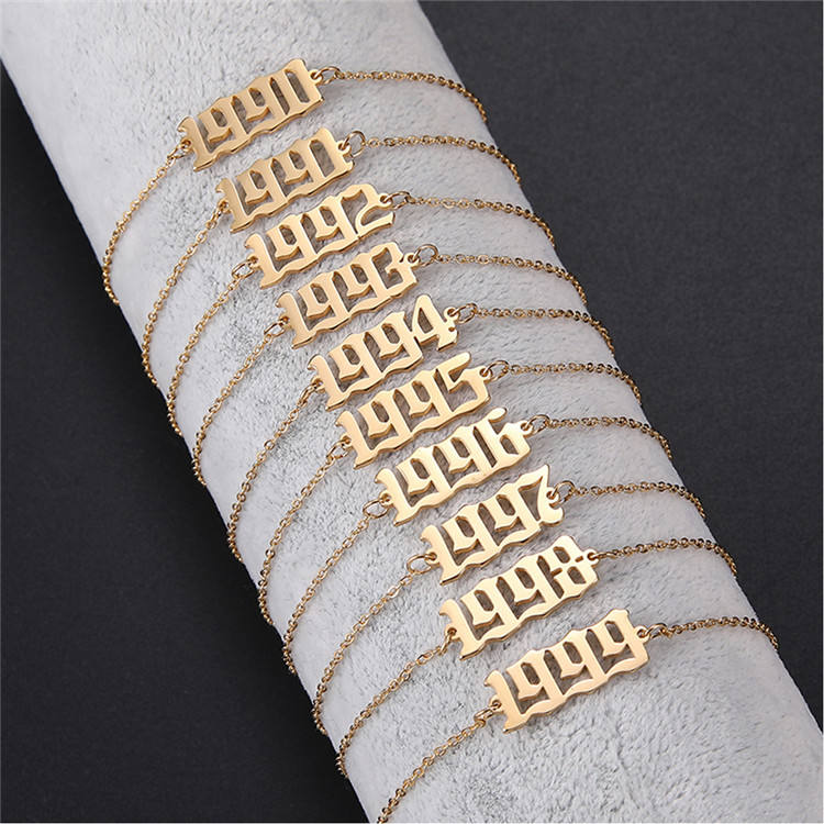 Stainless Steel Year Old English 1980-2020 Number Bracelet Personalized Number Pendant Bracelet For Women Man Birthday Gift