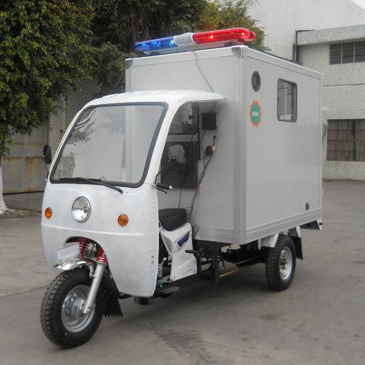 Cheap Ambulance with ambulance lights and siren for sale
