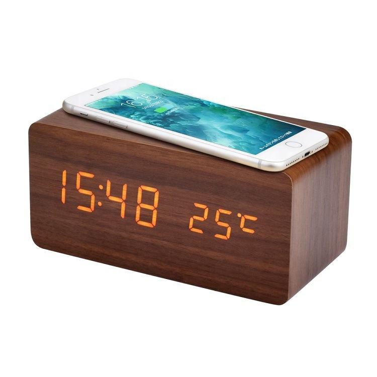 KH-WC021 Modern Hotel Rectangle LED Digital Table Mobile Phone QI Wooden Wireless Charging Alarm Clock with Temperature Display