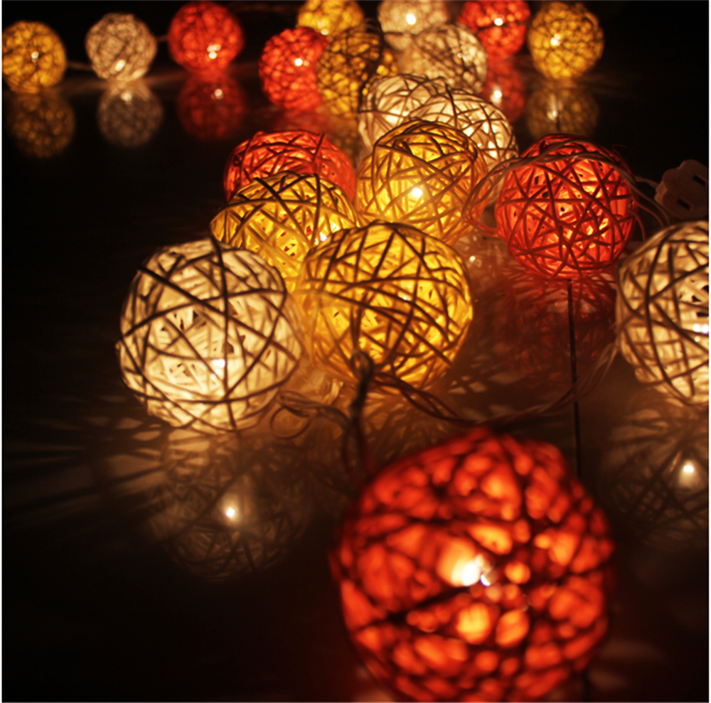 Decorative Hanging Battery Operated Rattan cotton ball string lights Christmas led cotton ball lights