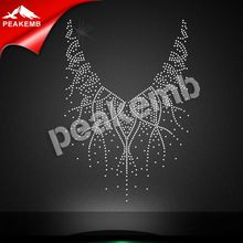 Bling Crystal Neckline Rhinestone Heat Transfer Applique Hotfix Motif Design For Clothing