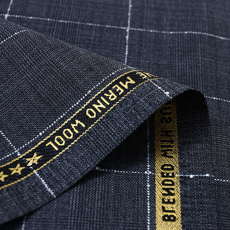 High Quality Instock Soft 70 Wool 30 Polyester Check Woven Fabric For Suit And Jacket