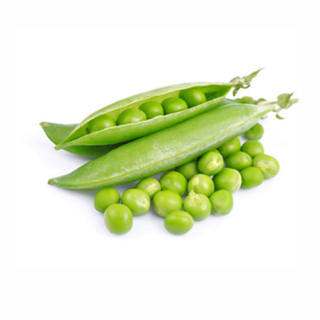 Raw and cooked green peas/crispy green peas