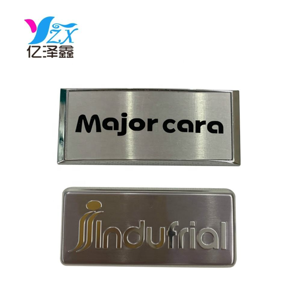 Fashion Custom shape/material/size metal plates zinc alloy badges