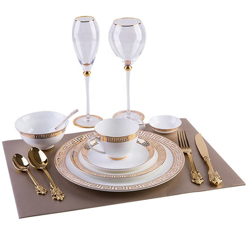 Luxury golden steak European Golden Bone Porcelain Western plate royal cutlery set China ceramic disk Model room tableware