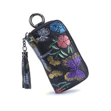 2019 high quality New European and American style Handmade genuine leather ladies flowers trendy large capacity key holder
