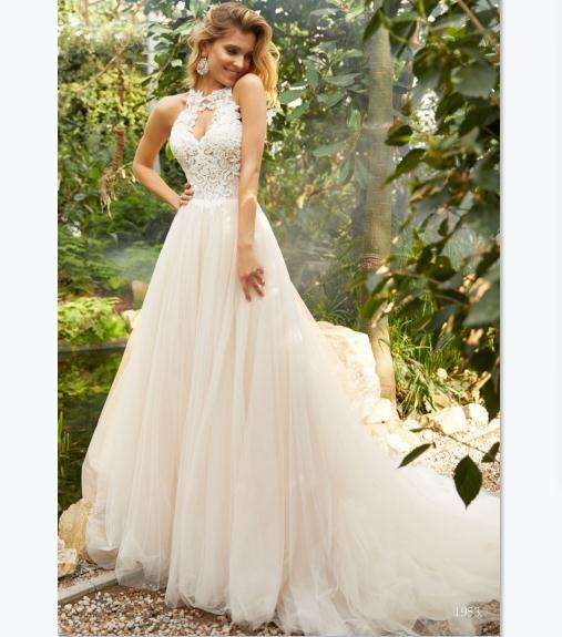 Women A-line Halter Lace Wholesale Wedding Dress 2019 New Bridal Gowns Factory