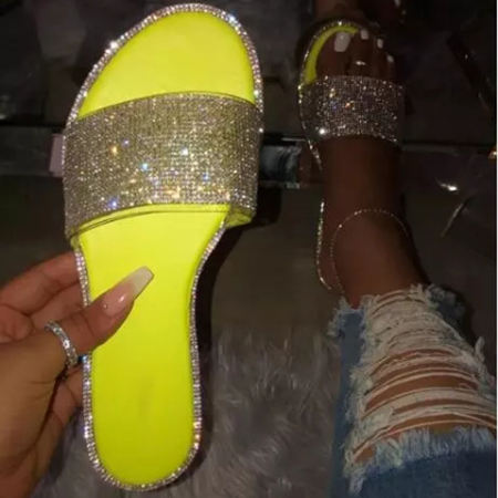 Lady INS Hot Sale Beach Slide Flashing New Style Flats Girls Diamond EVA Shoes Slippers Women's Sandals
