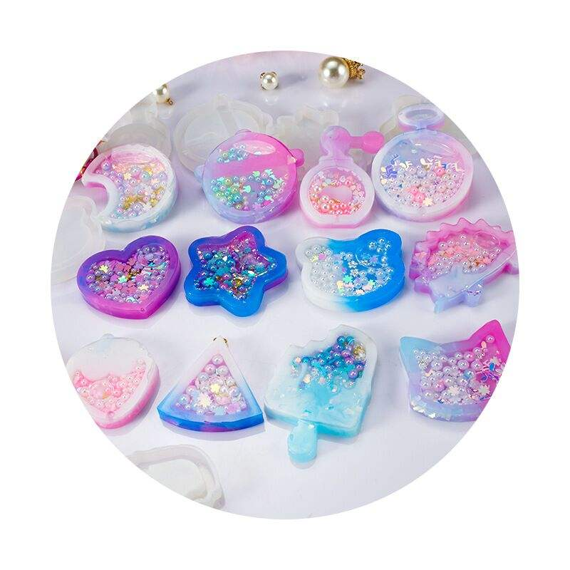 DIY Epoxy Jewelry Round Smoothing Mould Ice Cream Strawberry Panda Head Moon Heart Shape Glitter Silicone Keychain Mold