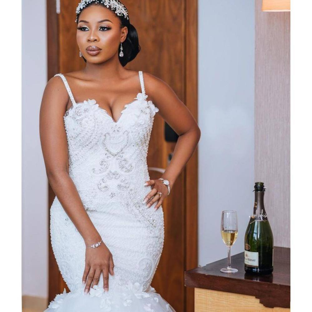 Gorgeous African Wedding Dresses Mermaid Wedding Gowns Open Back Beads Lace Handmade Bridal Gowns Custom Made