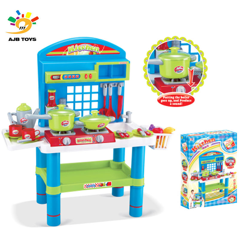 Low price finely processed plastic kitchen play set music kitchenware toy